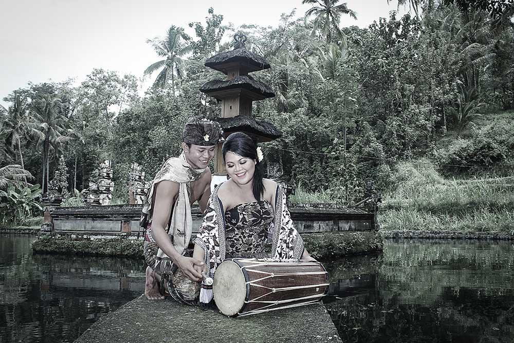 Paket Prewedding Adat Bali-Bali Modifikasi